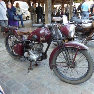 Tour de france des vieilles motos